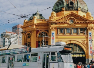 see sights of Melbourne