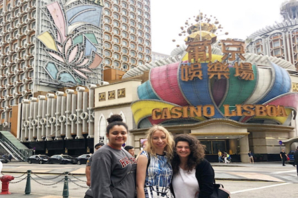 see sights of Mini-Vegas of Asia day trip