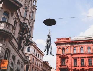 Independent Traveler business internships in Prague